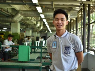 Happy Dualtech Student